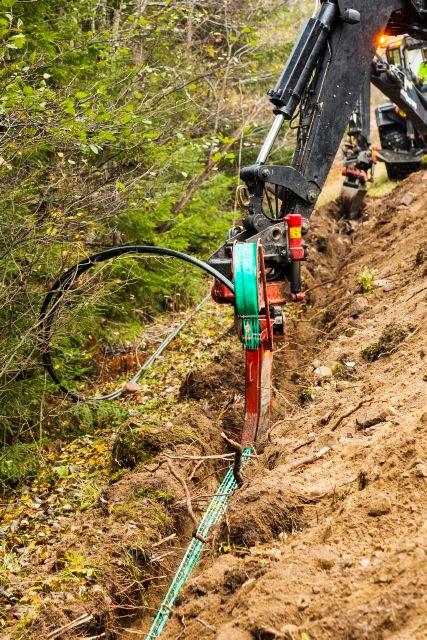 Bild grävning av fiber.